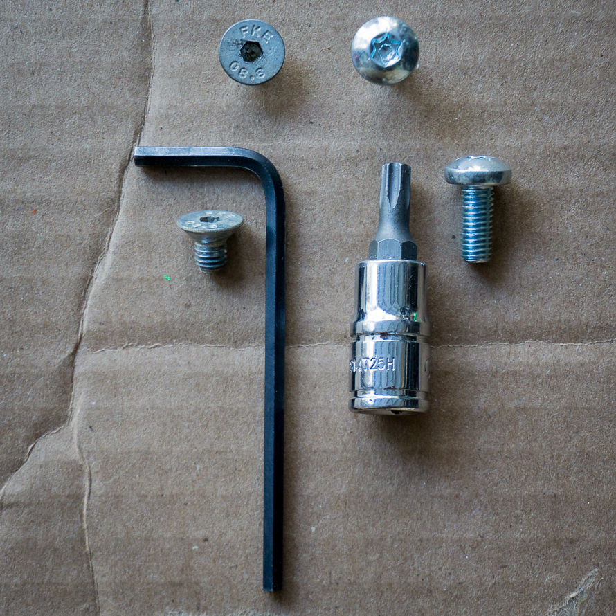 AltRider vs SW-MOTECH sidestand foot screws
