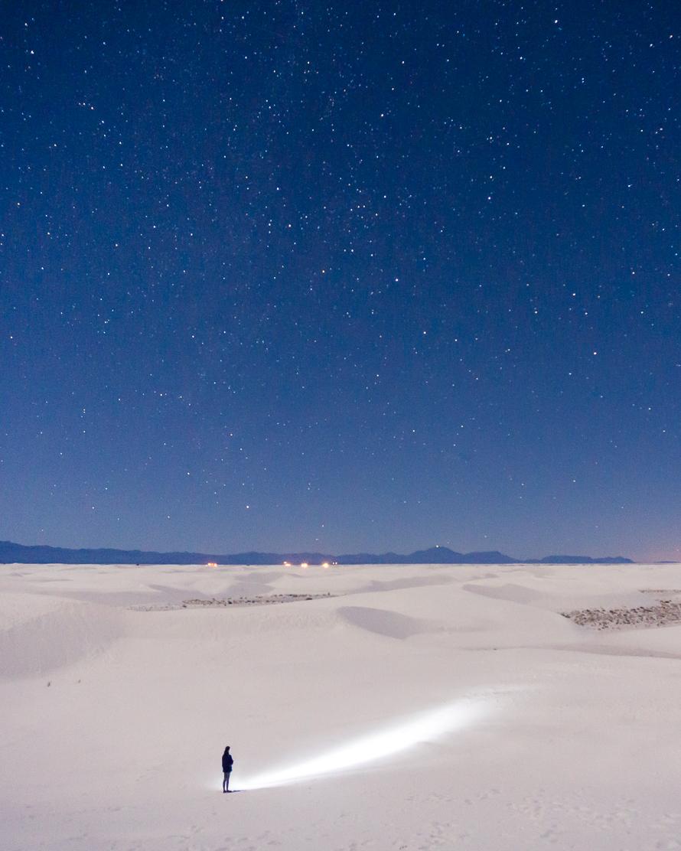 White Sands stars